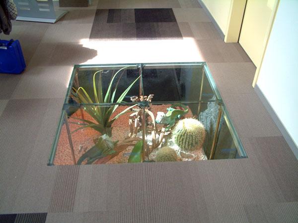 glasboden rau systemausbau. Black Bedroom Furniture Sets. Home Design Ideas